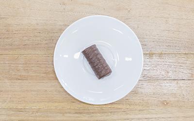 Chocolate mini roll (26g)